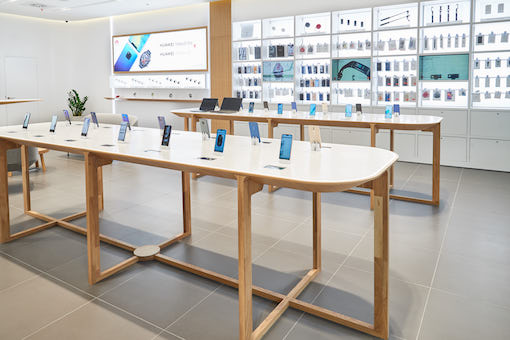 Huawei's 'experience store' format, Budapest, March 2019